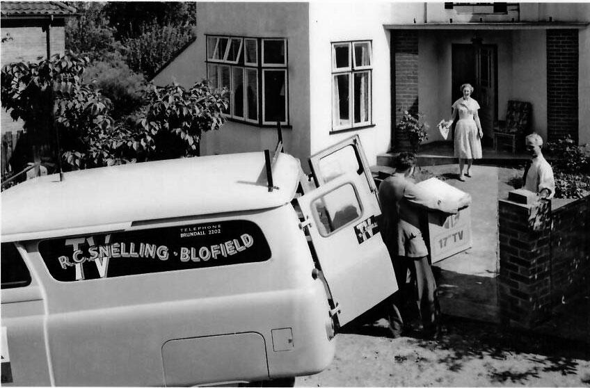 Roy Snelling delivering a rental TV